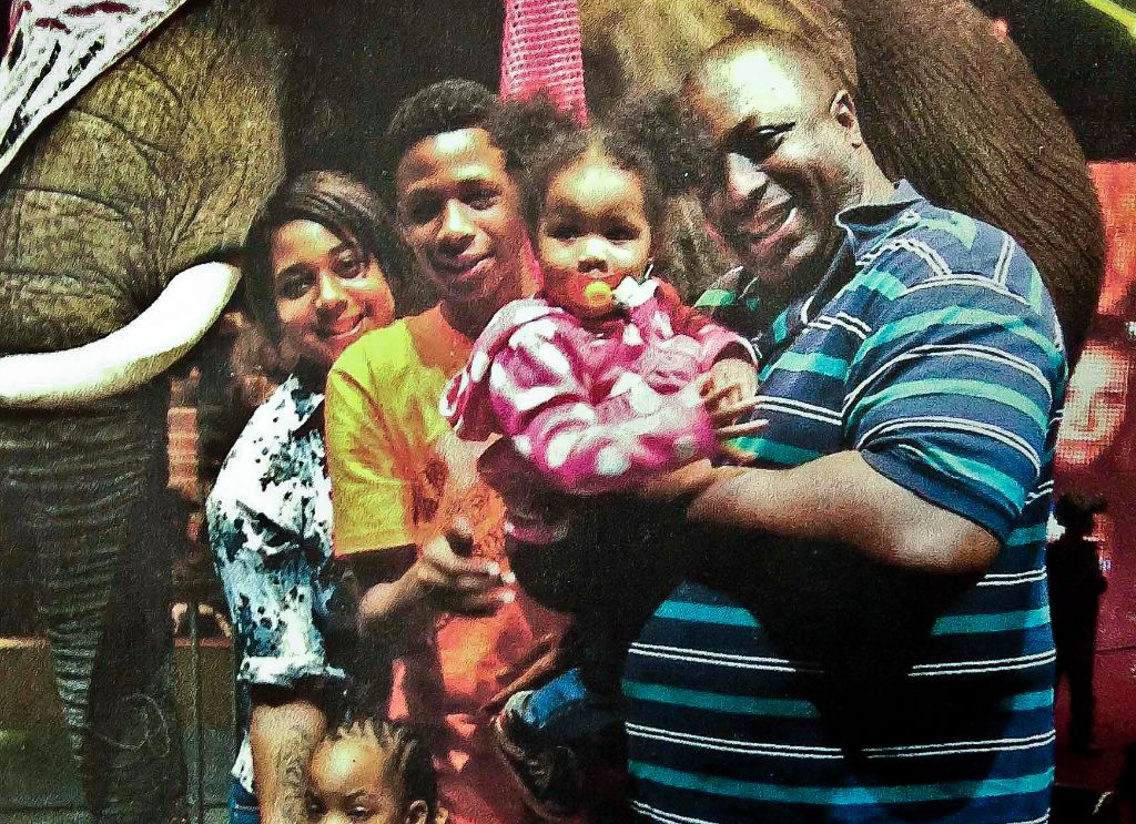 Eric Garner with family