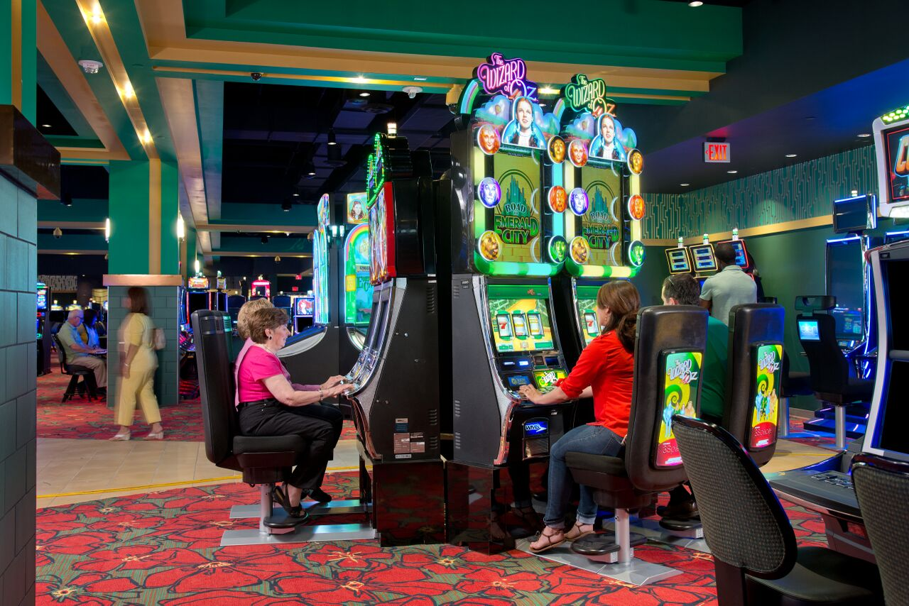 yellow brick road casino table games
